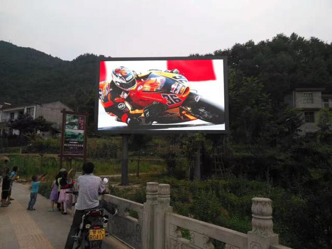 Advertising Scrolling Outdoor Led Video Screen SMD3535 P8 White Balance